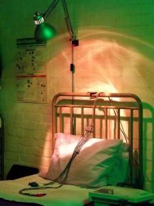 Hospital Bed (APM Alex/Flickr)