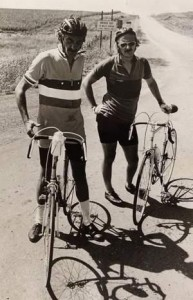 Donald Kaul (right) at the annual bike tour of Iowa he helped found in 1973 (Des Moines Register).