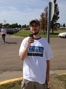 A conservative tracker wears a campaign t-shirt of a North Dakota Democratic candidate for U.S. Senate. Photo credit: NorthDecoder.com