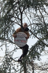 inauguration-tree-protester