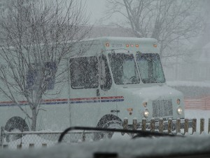 usps-mailtruck-carly-&-art