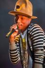 Hedge Fundies Dance to Pharrell's Happy