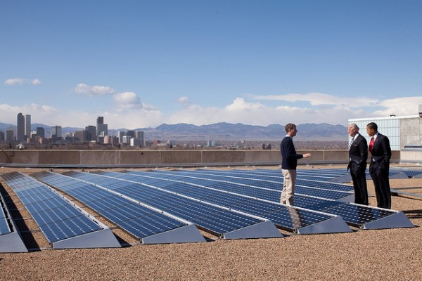 Obama and Biden check out solar panels