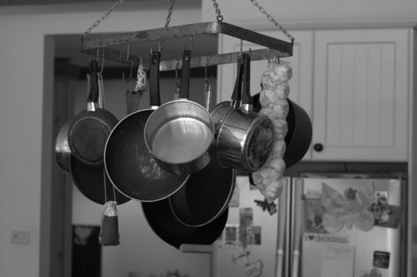 Pots_pans_Teflon_toxic_chemicals_cancer_nonstick