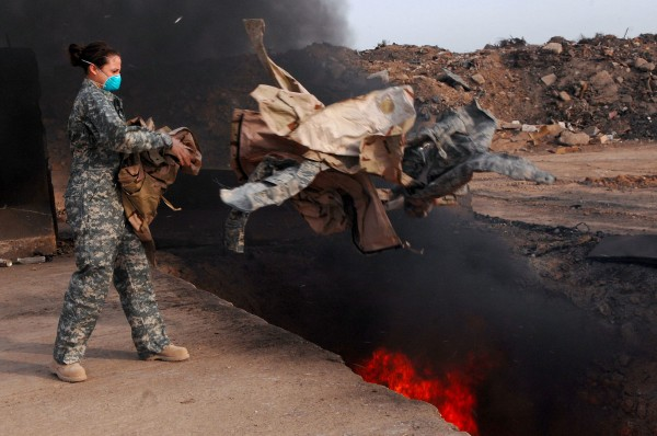 Burn_Pits_U.S._military_base_Pentagon_abuse