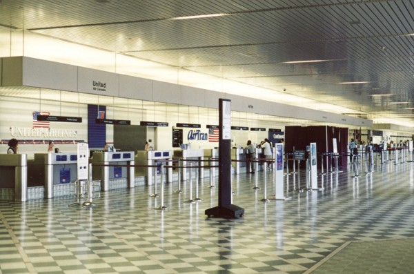 airport-ticket-counter