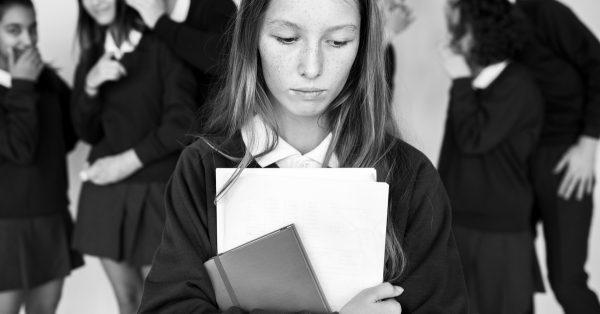 bully-bullying-school